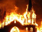 """Sakrileg: """"Wie kann man Brandstiftung bei einer Kirche nur so beschönigen"""""""