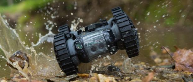 Milit r drohne kann roboter zum einsatzort fliegen for Fliegen in blumenerde vernichten
