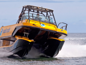 Nauti-Craft: Boot mit Hydrauliksystem