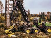 John Deere 1470G: Der Holzvollernter mit Halbkettenantrieb