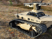 RS2-H1: Der ferngesteuerte Begleitroboter