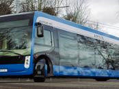 Elektrobusse: Die Zukunft von Akkutechnik und Oberleitungen