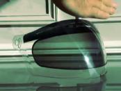 Shetters: Automatische Verdunkelungen von Motorradvisieren und Sonnenbrillen