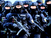 Unterm Radar: Wie der Corpsgeist der Polizei funktioniert