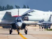 Chinas: Das Ausbildungsflugzeug für Flugzeugträger
