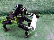 Centauro: Der Rettungsroboter für Katastropheneinsätze