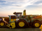 John Deere: Die Feldhäcksler der Serie 9000