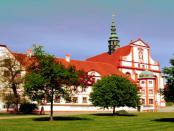 """Zisterzienserinnen-Abtei St. Marienstern: """"Das im Jahr 1248 gestiftete Kloster"""""""
