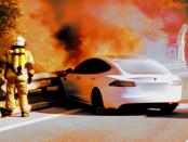 Unterschätzte Gefahr - Elektroauto: Ätztende Elektrolyte und explosionsartig brennende Feuer