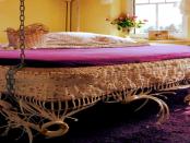 """Schwebendes Bett - Hamaca.Design: """"Poseidon wiegt Sie sanft in den Schlaf"""""""