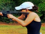 Zivilcourage & Waffen: Besser wegschauen und weggehen