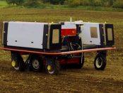 Robotti 150D: Der selbstständig-fahrende Werkzeugträger für die Landwirtschaft