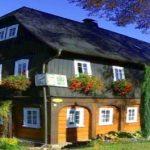 """Schunkelhaus: """"Eines der ältesten Umgebindehäuser in Obercunnersdorf"""""""